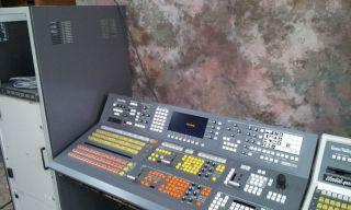 GRASS VALLEY GROUP M 2200 BROADCAST DIGITAL SDI VIDEO SWITCHER CONTROL