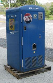 Canadian 1943 Vintage Pepsi Cola 12oz Soda Bottle Vending Machine