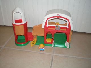 Fisher Price Little People Animal Sounds Farm BARN with FARMER Jed
