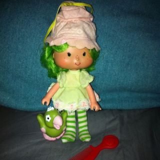 Vintage Strawberry Shortcake Lime Chiffon With Parfait Parrot