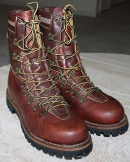 60 / 70S VINTAGE HERMAN SURVIVOR INSULATED BROWN LEATHER WORK BOOTS