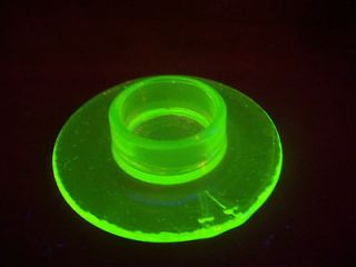 UV FOSTORIA GREEN VASELINE URANIUM GLASS BOXTLE PERFUME BOTTLE POWDER