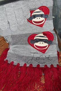 Love Scarf Hat Gloves Gift Set Red Greys NWT Joe Boxer SO CUTE