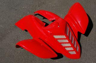 YAMAHA RAPTOR 660 FIGHTING RED FRONT PLASTIC FENDER PLASTICS