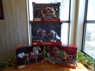 Traditional Holiday Breyer Horse Lot of 4