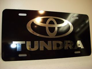 Toyota Tundra chrome/black license plate