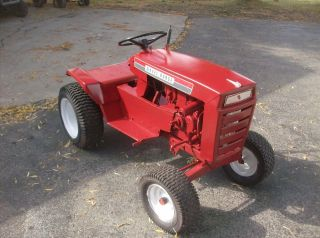 wheel horse garden tractor in Riding Mowers