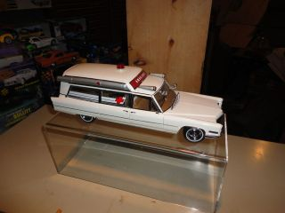 18 Precision Miniatures 1966 Cadillac Ambulance