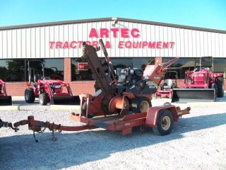 1993 Trencor 560 chain type track trencher w/ Truck loading conveyor