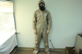Tychem CPF 3 HD Protective Chemical Coverall Suit w/ Hood Small (SM