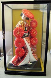 ANTIQUE ORIENTAL JAPANESE GEISHA DOLL 24 TALL IN GLASS CASE