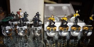 Franklin Mint Star Trek The Next Generation 12 Chess pieces 2 in Box