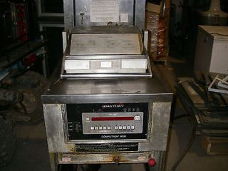 henny penny pressure fryer in Fryers
