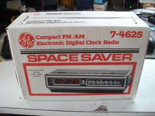 General Electric GE AM/FM Clock Radio Vintage Tuner Model 7 4625 New