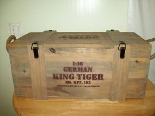 Empty wooden Crate for 1/16 Forces of Valor King Tiger German Tank