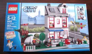 New Sealed LEGO City House Set 8403 Town Boy & Girl Minifigures