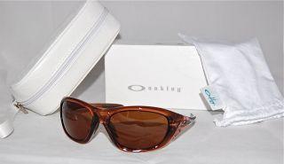 oakley sunglasses women in Sunglasses
