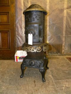 ANTIQUE CAST IRON POT BELLY STOVE HEATER 113 GEM WOTHERSPOON PHILA