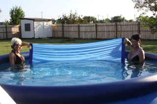 above ground swimming pool cleaner