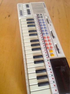 CASIO PT 80 Electronic Keyboard   Circuit Bender   Vintage