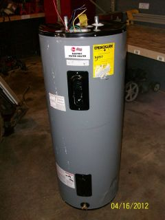 Water Heater Commercial   Electric 50 Gal Brand new; Slight Damage