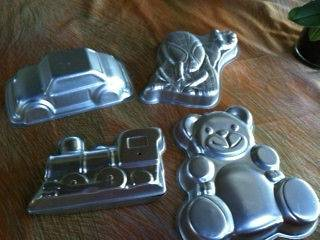 Lot of 4 Wilton Cake Pans Spiderman, train, teddy bear, 3D car
