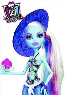 Monster High Skull Shores Abbey Bominable Doll in Other