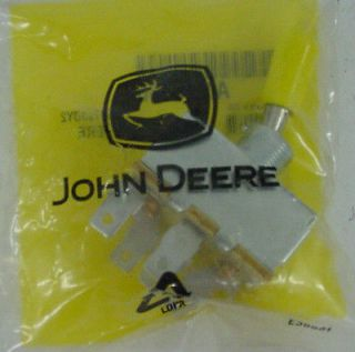 NIB* JOHN DEERE PTO SWITCH AM101562 STX30 STX38 YELLOW 130 160 165