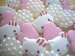 hello kitty sewing buttons in Sewing & Fabric