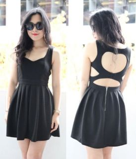 BLACK STRIPE SWEET LOVE HEART CUT OUT OPEN BACK BACKLESS PLEATED DRESS