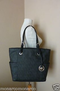 michael kors jet set logo in Handbags & Purses