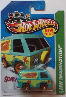 Wheels New Models The Mystery Machine 38/50 (SCOOBY DOO)(2013 Card