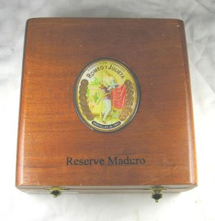 Reserve Maduro Romeo y Julieta Wooden Cigar Box