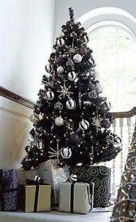 TUXEDO BLACK COLORADO PINE CHRISTMAS TREE (400 Lights / 600 Tips