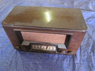 Vintage RCA Victor Wood Wooden Cabinet Tube Radio Model 50 needs work