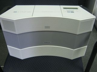 BOSE ACOUSTIC WAVE MUSIC SYSTEM WHITE AM/FM CD PLAYER w/ REMOTE