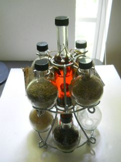 MI COCIMA Spice Set with 9 Glass Bottles and a Chrome Rack   Spice Set