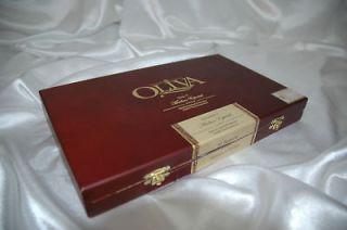 Oliva Serie V Maduro Especial Torpedo Wooden Cigar Box