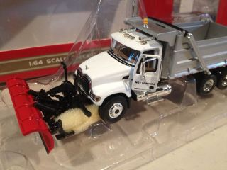 GEAR White MACK Granite Snow Plow Dump Truck   Snowplow New in Box