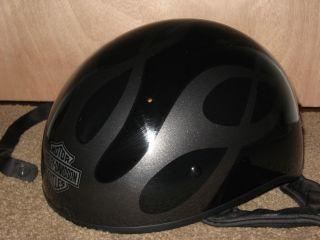 XS HARLEY DAVIDSON Motorcycle Half Helmet Black w/ Silver Flames