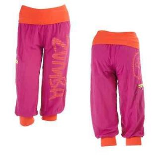 NWT New Zumba Fitness UP DOWN Cargo Capri Pink Pants WE SHIP FAST