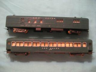 Vintage American Flyer HO gauge train cars