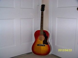 gibson acoustic guitar in Guitar
