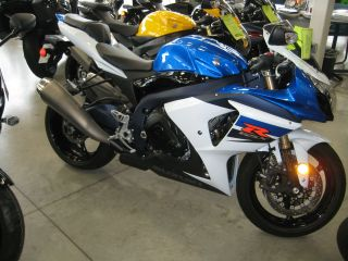 Suzuki  GSX R New 2011 Suzuki GSX R1000 Sport Bike Race Motorcycle