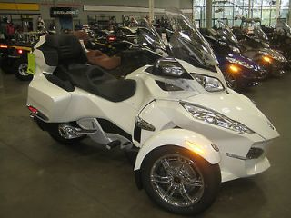 Can Am  Spyder Limited New Can Am Spyder limited motorcycle Can Am