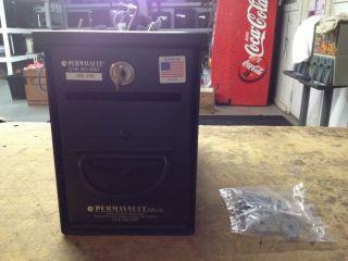 CVS 770   KEYED MONEY & DOCUMENT LOCK BOX   W/ KEY & MOUNTING SCREWS