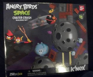 Angry Birds SPACE CRATER CRASH kNex Building Set 250 Pieces 72437