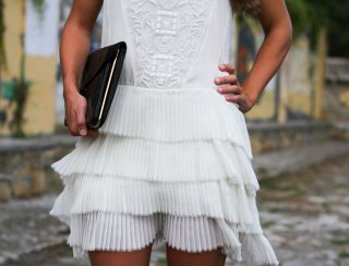 NEW ZARA 2012 WHITE ECRU EMBROIDERED LACE DRESS W/ FRILL SIZE XS SOLD