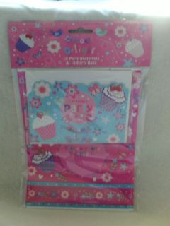 10 CUPCAKE PARTY INVITATIONS &10 PINK CUPCAKE PARTY/LOOT BAGS(SEE SHOP