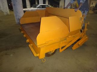 Asphalt Paver 122 X 53 , Runs Great! W/ REBUILT Kohler Twin Engine.